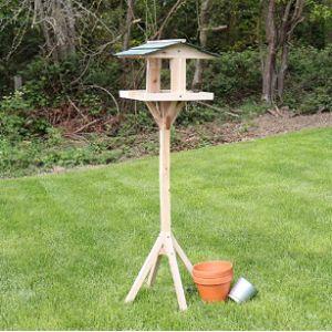 Kingfisher Traditional Bird Table