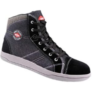 Lee Cooper Comfortable And Compliant Work Boot