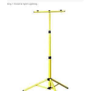 Cgc Lighting Halogen Tripod Floodlight