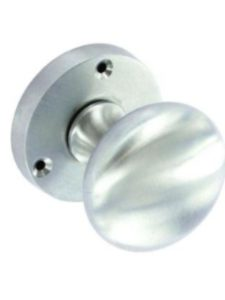 Securit   door knobs without latch plate